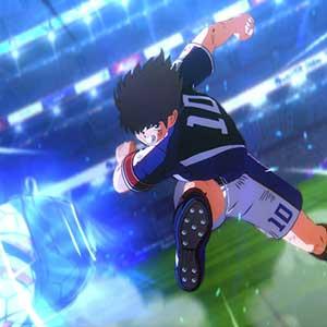 Captain Tsubasa scontrandosi