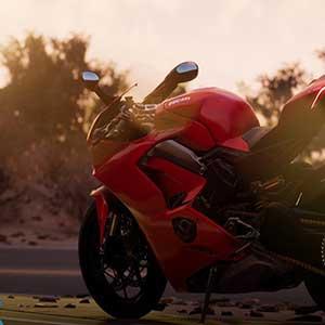 Guida la moto più bella e potente