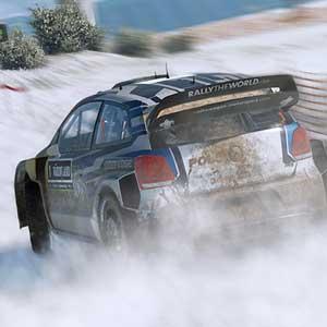 WRC 6 Guidare attraverso la nebbia